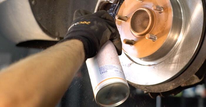 V50 (545) 1.8 FlexFuel 2004 Brake Discs DIY replacement workshop manual
