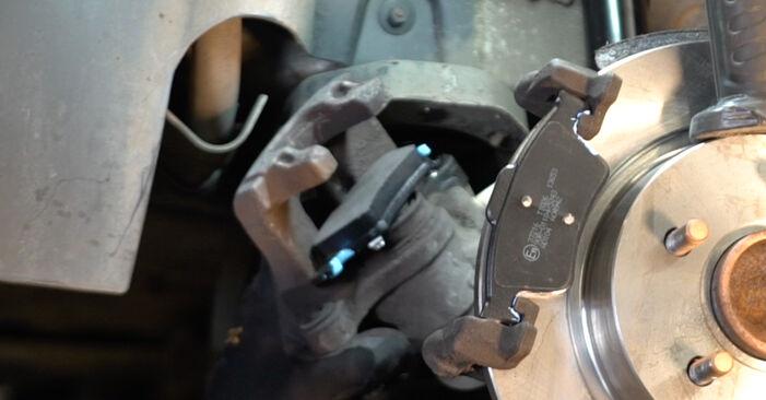 Zweckdienliche Tipps zum Austausch von Bremsbeläge beim VOLVO V50 (545) 1.6 D2 2007