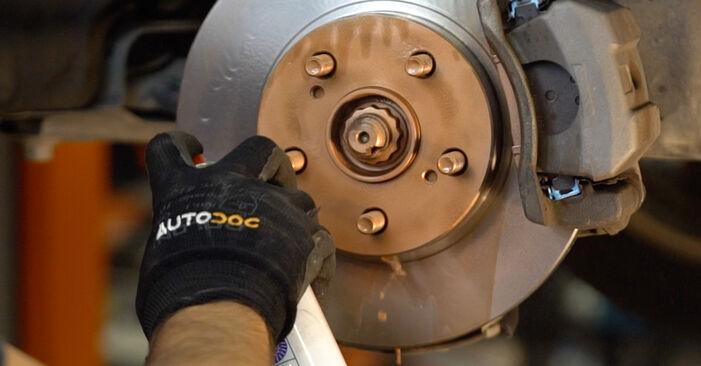 Wechseln Bremsbeläge am TOYOTA PRIUS Liftback (NHW20_) 1.5 Hybrid (NHW2_) 2003 selber