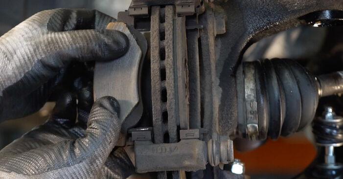 Svépomocná výměna Brzdové Destičky na autě CITROËN C1 (PM_, PN_) 2005 1.0