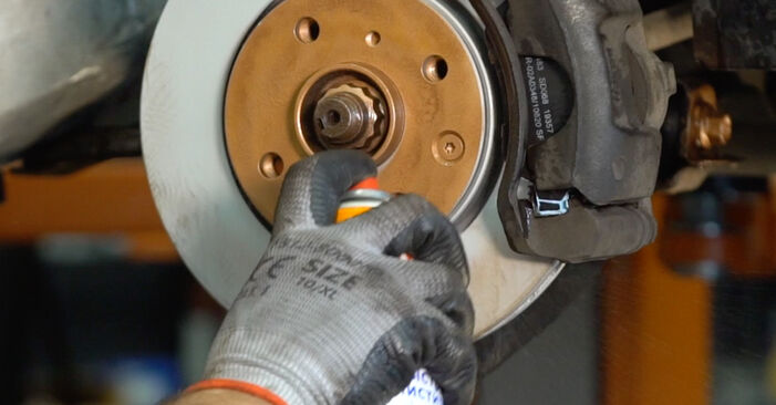 DIY replacement of Control Arm on CITROËN C1 (PM_, PN_) 1.0 2009 is not an issue anymore with our step-by-step tutorial