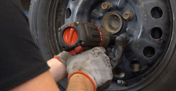 Changing Wheel Bearing on CITROËN C1 (PM_, PN_) 1.4 HDi 2008 by yourself