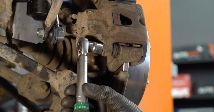 Wie schwer ist es, selbst zu reparieren: Bremsbeläge Lexus RX XU30 330 (MCU38_) 2003 Tausch - Downloaden Sie sich illustrierte Anleitungen