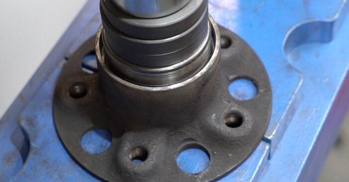 Wie schwer ist es, selbst zu reparieren: Radlager Mercedes W211 E 320 CDI 3.0 (211.022) 2008 Tausch - Downloaden Sie sich illustrierte Anleitungen