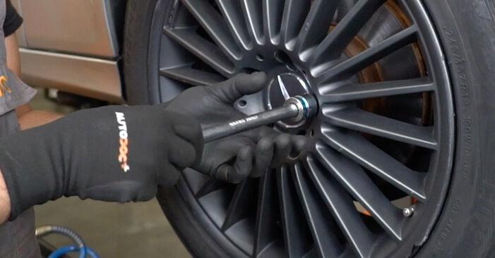 Radlager am MERCEDES-BENZ E-Klasse Limousine (W211) E 200 CDI 2.2 (211.004) 2007 wechseln – Laden Sie sich PDF-Handbücher und Videoanleitungen herunter
