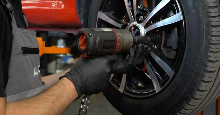 Wie PEUGEOT 107 1.0 2009 Bremsscheiben ausbauen - Einfach zu verstehende Anleitungen online
