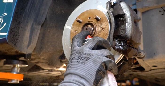 Wechseln Bremsbeläge am HONDA INSIGHT (ZE_) 1.3 Hybrid (ZE28, ZE2) 2012 selber
