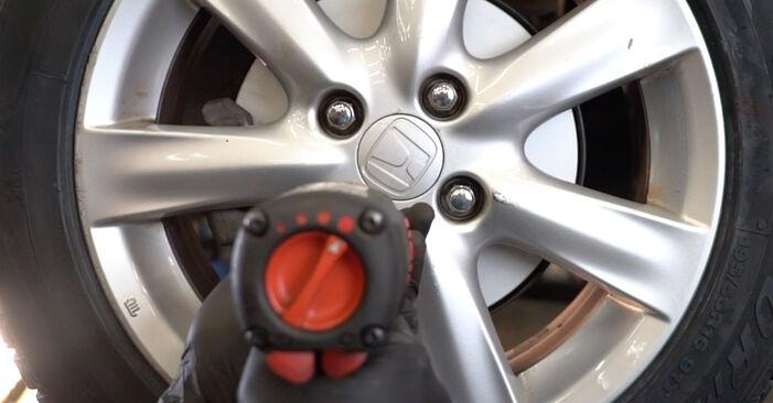 Wie schwer ist es, selbst zu reparieren: Bremsbeläge Honda Insight ZE2/ZE3 1.3 Hybrid (ZE28, ZE2) 2015 Tausch - Downloaden Sie sich illustrierte Anleitungen