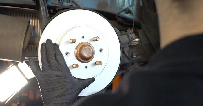 Wechseln Bremsscheiben am HONDA INSIGHT (ZE_) 1.3 Hybrid (ZE28, ZE2) 2012 selber
