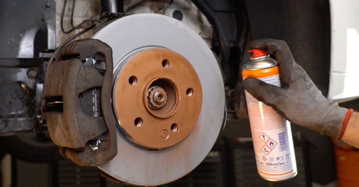 How to change Brake Discs on MERCEDES-BENZ B-Class (W245) 2010 - tips and tricks
