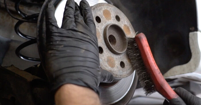 DIY replacement of Brake Discs on MERCEDES-BENZ B-Class (W245) B 170 1.7 (245.232) 2009 is not an issue anymore with our step-by-step tutorial