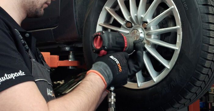 Changing Control Arm on FORD Fiesta Mk5 Hatchback (JH1, JD1, JH3, JD3) 1.25 16V 2004 by yourself