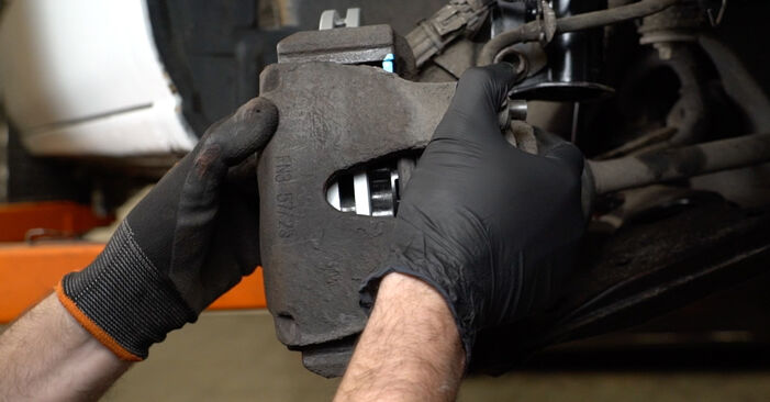 Bremsbeläge Opel Zafira f75 2.2 DTI 16V (F75) 2001 wechseln: Kostenlose Reparaturhandbücher