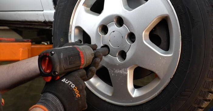 Bremsbeläge Ihres Opel Zafira f75 2.0 DTI 16V (F75) 2000 selbst Wechsel - Gratis Tutorial