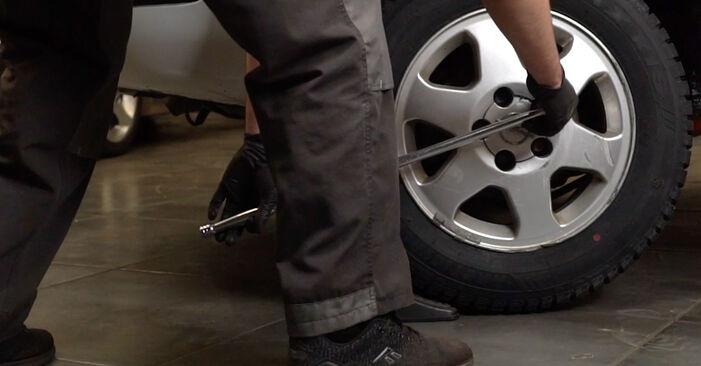 Opel Zafira f75 1.8 16V (F75) 2001 Brake Pads replacement: free workshop manuals