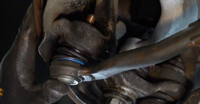 Spurstangenkopf BMW E39 528i 2.8 1997 wechseln: Kostenlose Reparaturhandbücher