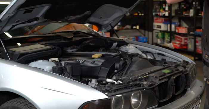 How to change Poly V-Belt on BMW E39 1995 - free PDF and video manuals