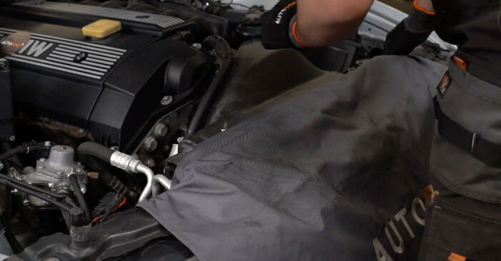 How to replace BMW 5 Saloon (E39) 523i 2.5 1996 Poly V-Belt - step-by-step manuals and video guides