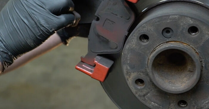 How to replace BMW 5 Saloon (E39) 523i 2.5 1996 Brake Pads - step-by-step manuals and video guides