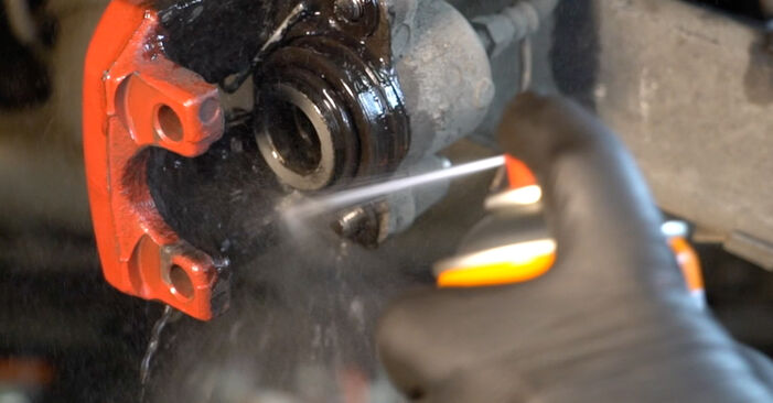 Wie BMW 5 SERIES 525tds 2.5 1999 Bremsbeläge ausbauen - Einfach zu verstehende Anleitungen online