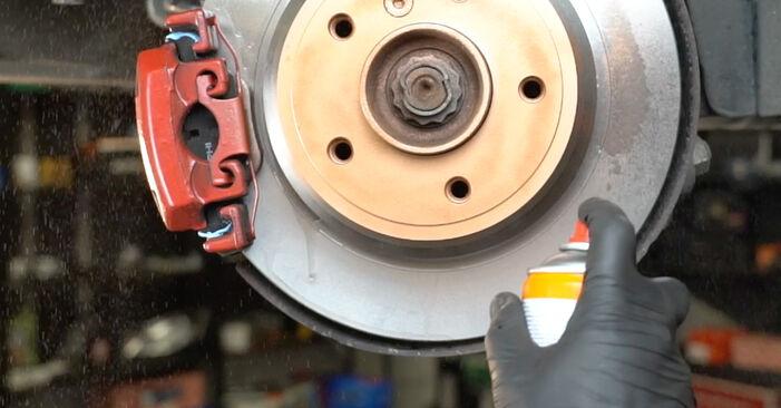BMW 5 SERIES 523i 2.5 Querlenker ausbauen: Anweisungen und Video-Tutorials online