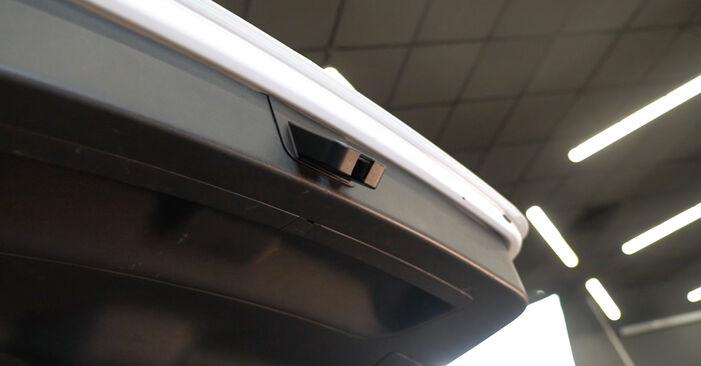 Wie Heckklappendämpfer Audi A3 8P 2.0 TDI 16V 2004 tauschen - Kostenlose PDF- und Videoanleitungen