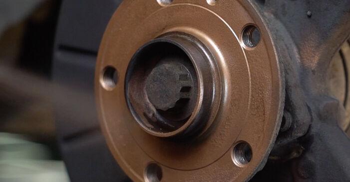 Hvordan skifte Bremseskiver på Audi A3 8pa 2004 – gratis PDF- og videoveiledninger