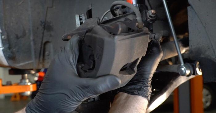 Bytte AUDI A3 2.0 TDI quattro Bremseklosser: Veiledninger og videoer på nettet