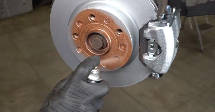 Hvordan bytte Bremseklosser på AUDI A3 Sportback (8PA) 1.6 TDI 2006 selv