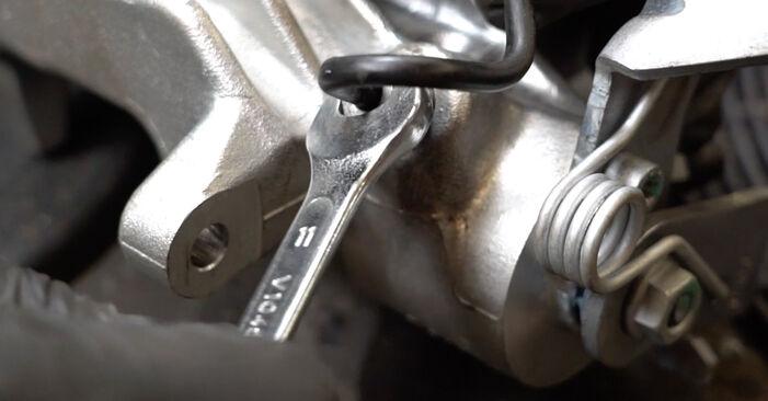 Bremssattel am AUDI A3 Sportback (8PA) 2.0 TFSI quattro 2008 wechseln – Laden Sie sich PDF-Handbücher und Videoanleitungen herunter