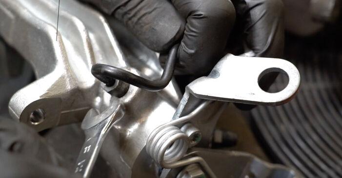 Wie schwer ist es, selbst zu reparieren: Bremssattel Audi A3 8pa 1.4 TFSI 2009 Tausch - Downloaden Sie sich illustrierte Anleitungen