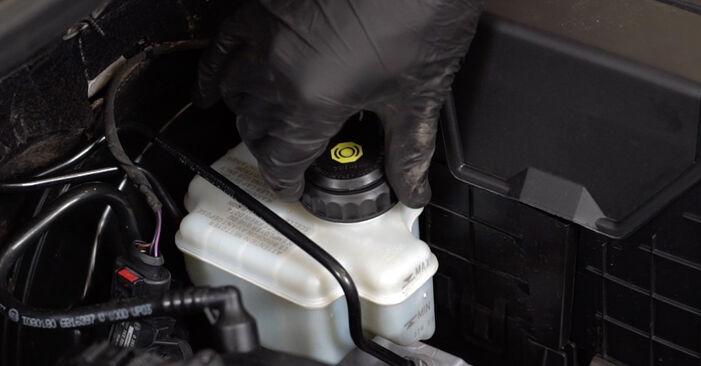 Tausch Tutorial Bremssattel am AUDI A3 Sportback (8PA) 2005 wechselt - Tipps und Tricks