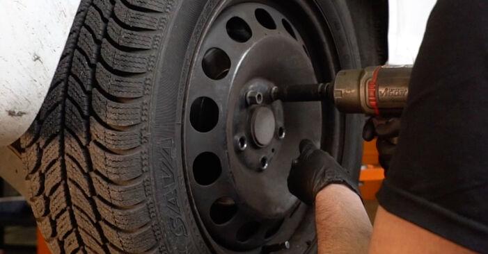 Wie AUDI A3 1.6 2007 Bremssattel ausbauen - Einfach zu verstehende Anleitungen online