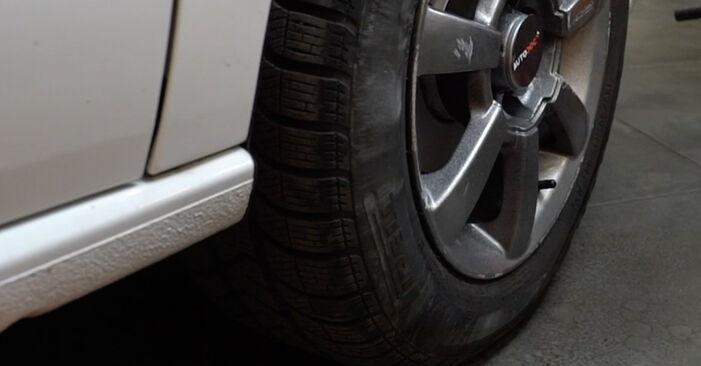 Bremsbeläge beim VW POLO 1.6 TDI 2016 selber erneuern - DIY-Manual