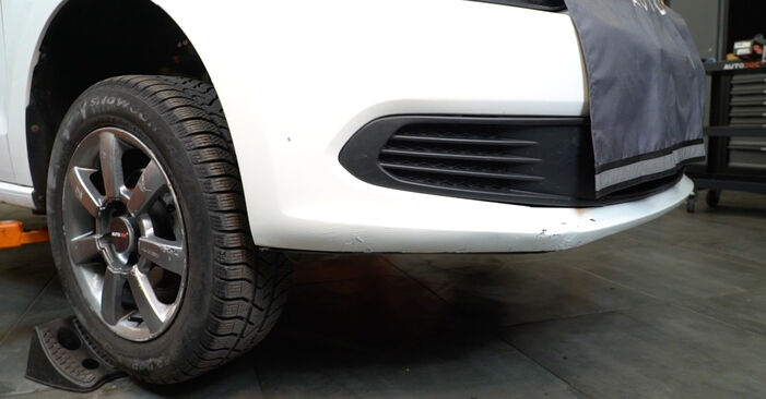 Changing Brake Pads on VW Polo Saloon (602, 604, 612, 614) 1.2 TSI 2012 by yourself