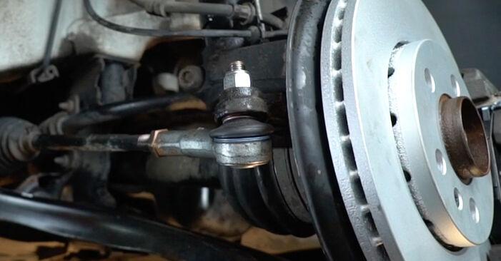 Naredite sami zamenjavo VW Polo Sedan (602, 604, 612, 614) 1.2 TDI 2010 Konec jarmovega droga - spletni vodič