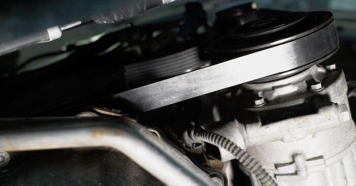 Ako dlho trvá výmena: Klinový rebrovaný remen na aute Audi A4 B8 Sedan 2015 – informačný PDF návod