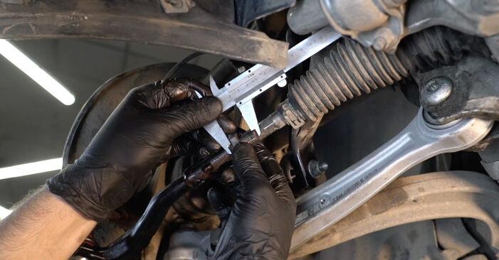 Zweckdienliche Tipps zum Austausch von Spurstangenkopf beim AUDI A4 Limousine (8K2, B8) 2.7 TDI 2012