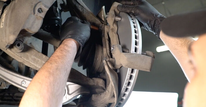 AUDI A4 2014 Bremsscheiben Stufenweise Anleitung zum Austausch