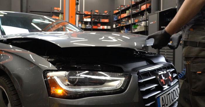 Wie problematisch ist es, selber zu reparieren: Bremsscheiben beim Audi A4 B8 Limousine 1.8 TFSI 2013 auswechseln – Downloaden Sie sich bebilderte Tutorials