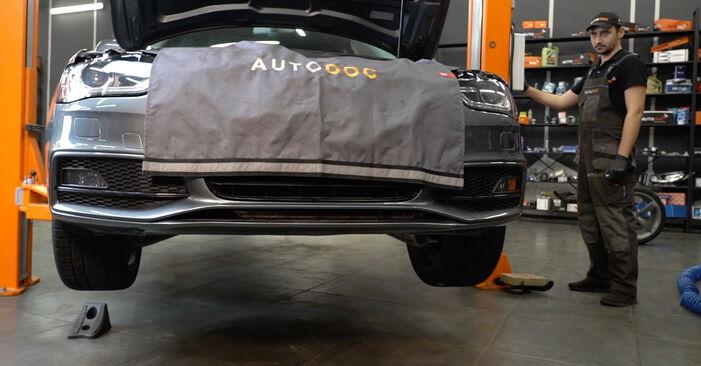Wechseln Sie Bremsscheiben beim AUDI A4 Limousine (8K2, B8) 3.0 TDI quattro 2010 selbst aus