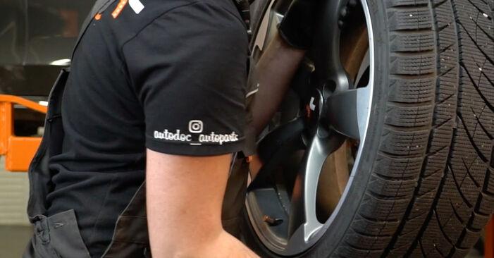 Wie man Bremsscheiben beim AUDI A4 Limousine (8K2, B8) 2012 auswechselt – Downloaden Sie sich PDF-Tutorials und Videoanleitungen herunter