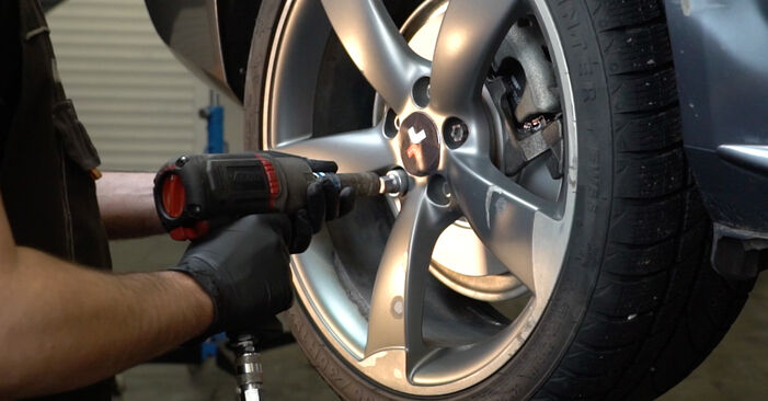 Changing Brake Discs on AUDI A4 Saloon (8K2, B8) 3.0 TDI quattro 2010 by yourself