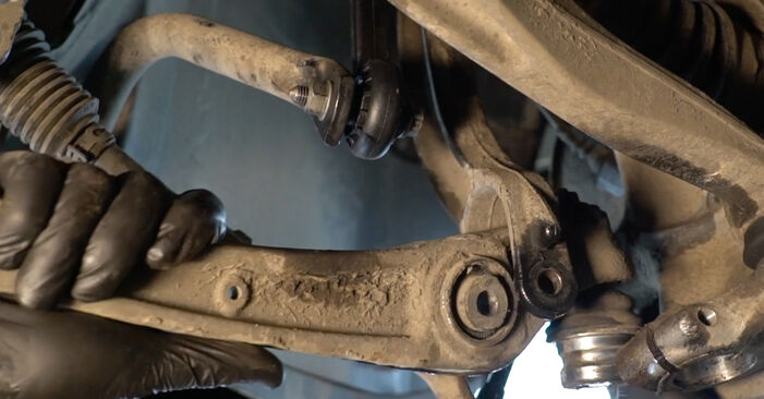 DIY replacement of Control Arm on AUDI A4 Saloon (8K2, B8) 2.7 TDI 2012 is not an issue anymore with our step-by-step tutorial