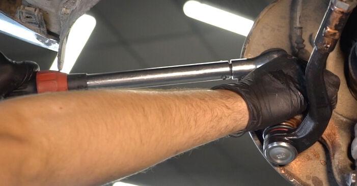 Kako težko to naredite sami: Roka zamenjava na Audi A4 B8 Sedan 1.8 TFSI 2013 - prenesite slikovni vodnik