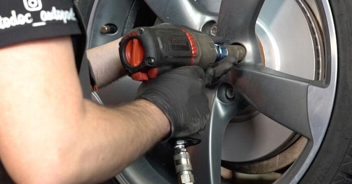 A4 Sedan (8K2, B8) S4 3.0 quattro 2009 Roka DIY menjava, priročnik delavnice