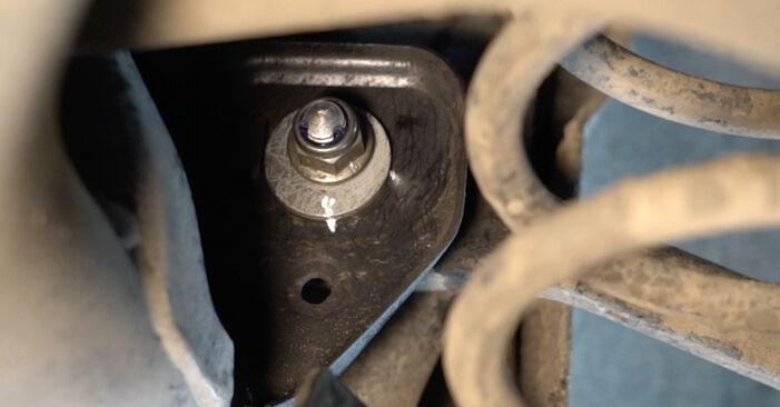 Ar sudėtinga pasidaryti pačiam: Audi A4 B8 Sedanas 1.8 TFSI 2013 Vikšro Valdymo Svirtis keitimas - atsisiųskite iliustruotą instrukciją