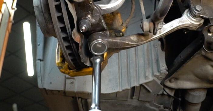 Querlenker beim BMW 5 SERIES 530d 3.0 2008 selber erneuern - DIY-Manual
