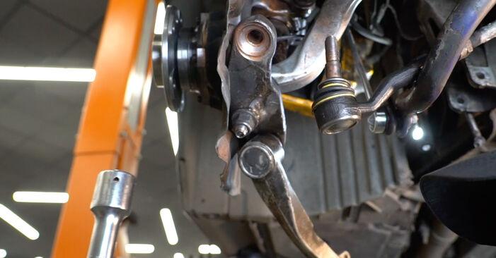 Kiek užtrunka keitimas: BMW E60 2009 Rato guolis - informatyvi PDF instrukcija
