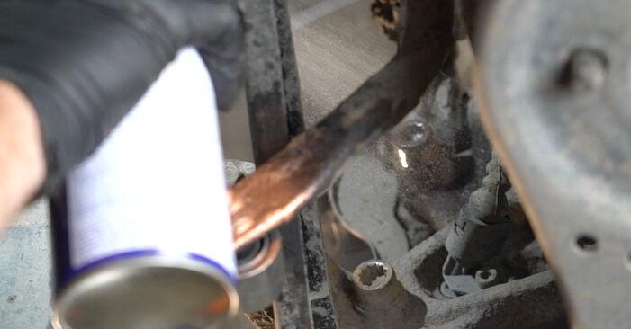 Octavia II Combi (1Z5) 2.0 TDI 4x4 2005 Brake Discs DIY replacement workshop manual